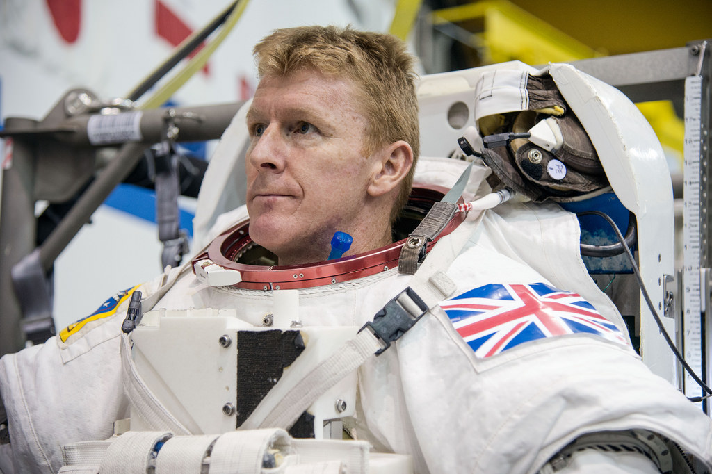 Astronaut-Tim-Peake-Dials-Wrong-Phone-Number-from-Space